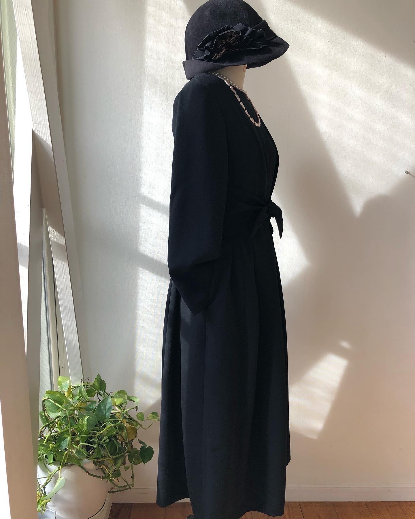 着物着物リメイク・喪服のお着物からレトロワンピース_d0127925_12280691.jpg