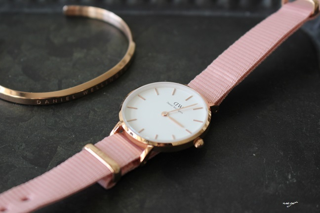 サクラ色♪DWダニエルウェリントン春限定新作腕時計が届きました♪_f0023333_22045322.jpg