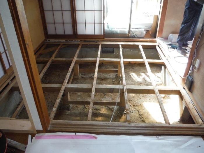 床断熱他 ~ 和室4.5畳、6畳間の床断熱。_d0165368_05254610.jpg
