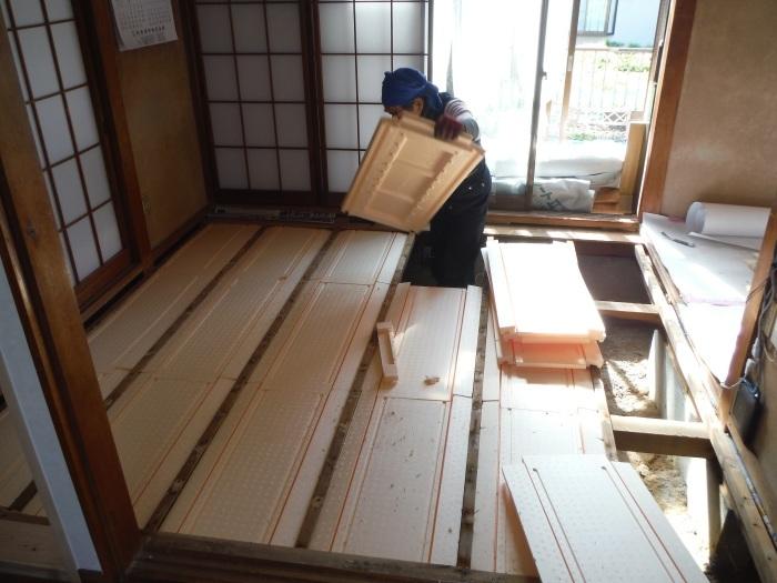床断熱他 ~ 和室4.5畳、6畳間の床断熱。_d0165368_05255447.jpg