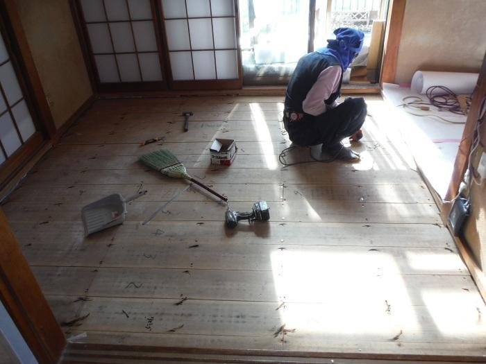 床断熱他 ~ 和室4.5畳、6畳間の床断熱。_d0165368_05261037.jpg