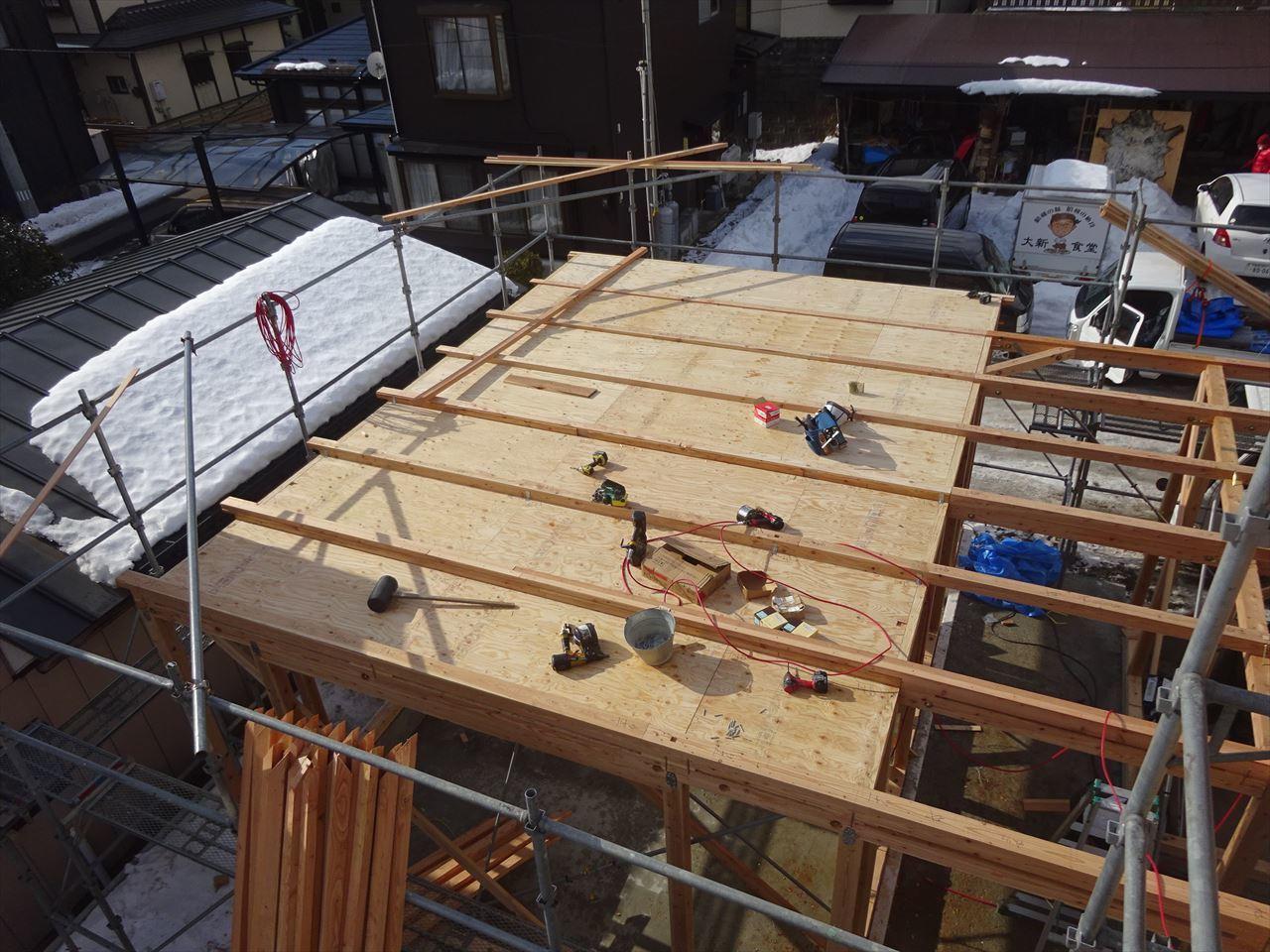 緑ヶ丘 アトリエのある家 建て方進行中!_f0105112_04110668.jpg