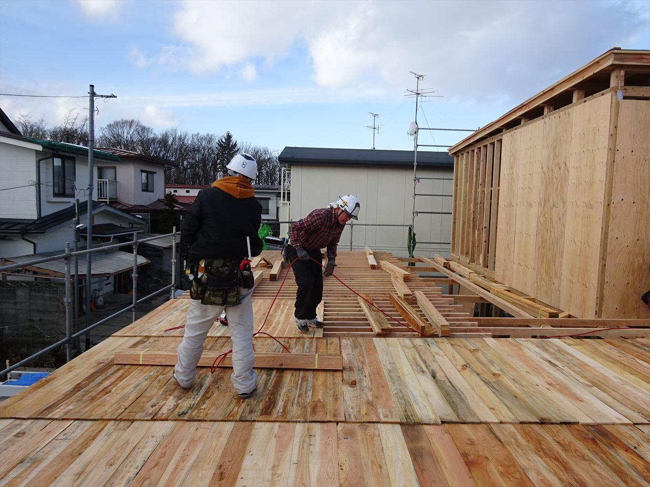 緑ヶ丘 アトリエのある家 建て方進行中!_f0105112_04170637.jpg