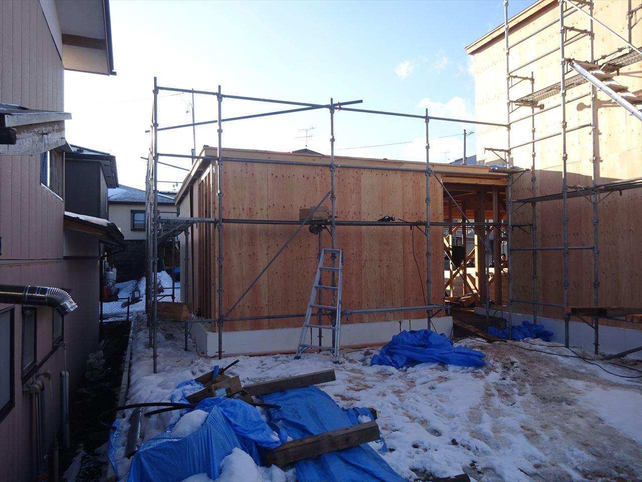 緑ヶ丘 アトリエのある家 建て方進行中!_f0105112_04170647.jpg