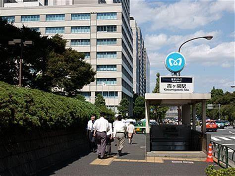 オウム真理教事件の教訓どころか日本国がオウム真理教化_f0133526_16570900.jpg