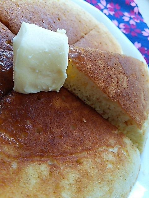ヨーグルトパンケーキの朝ごはん_c0124528_07472226.jpg