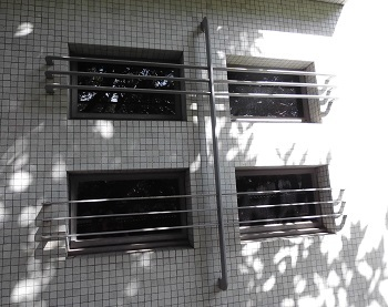 資料館の窓 品川(東京) _e0098739_14564391.jpg