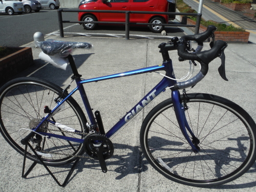 ドロップハンドルのクロスバイク『エスケープRドロップ』_b0332867_21410109.jpg