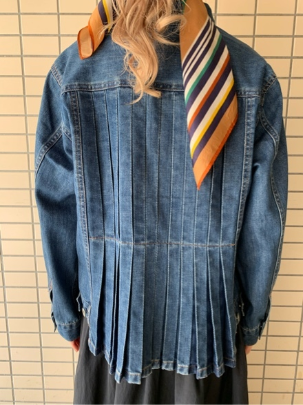 QUINOA BOUTIQUE◆10ozデニムプリーツJacket◆_e0269968_11523901.jpg