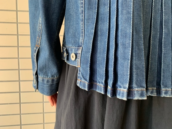 QUINOA BOUTIQUE◆10ozデニムプリーツJacket◆_e0269968_11524143.jpg