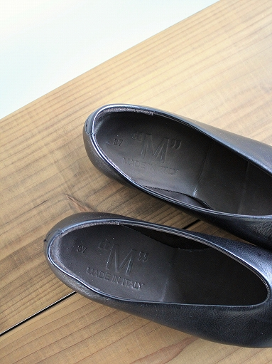 ""\""""M"""" LEATHER SHOES - Calla Lily _b0139281_12432823.jpg""383|511|?|en|2|9e69fdb9c2e60131fc0afb5d7dc167a4|False|UNSURE|0.28654420375823975
