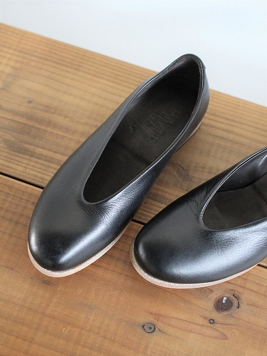 ""\""""M"""" LEATHER SHOES - Calla Lily _b0139281_12433310.jpg""383|511|?|en|2|26a105ade6489fcaed32307c9cd5c1b0|False|UNLIKELY|0.3205539584159851