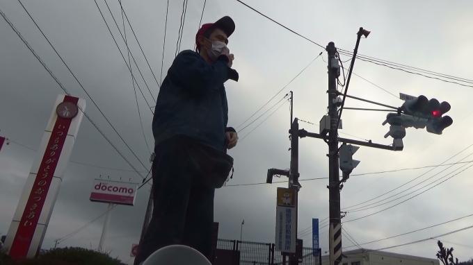 広島3区北部の街頭にうかがいました 「佐川さんのような悪事を指図して出世する高級官僚ではなく、医療、福祉、教育、防災など現場で市民のために働く公務員を適正規模まで増やそう」_e0094315_19481415.jpg