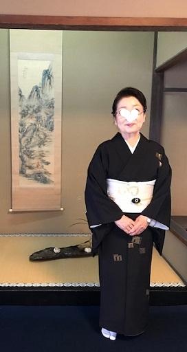 二条城煎茶会・源氏香の着物に葡萄唐草文様の帯。_f0181251_18324979.jpg