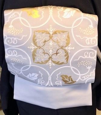 二条城煎茶会・源氏香の着物に葡萄唐草文様の帯。_f0181251_18384003.jpg