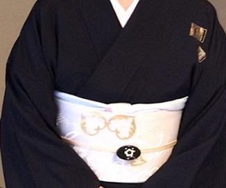 二条城煎茶会・源氏香の着物に葡萄唐草文様の帯。_f0181251_18463917.jpg