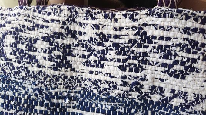 裂き織りのバッグ仕立てました♪_f0374160_20295890.jpg