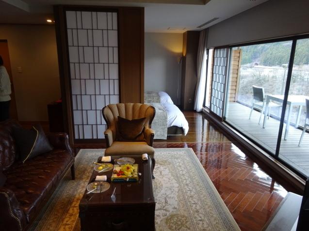 鬼怒川金谷ホテル (4) ジョンカナヤ・スイートの続き_b0405262_09511851.jpg