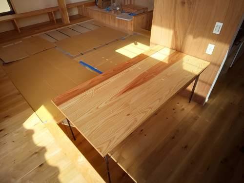 ■テーブル・カウンター組立て■_e0188083_15182405.jpg
