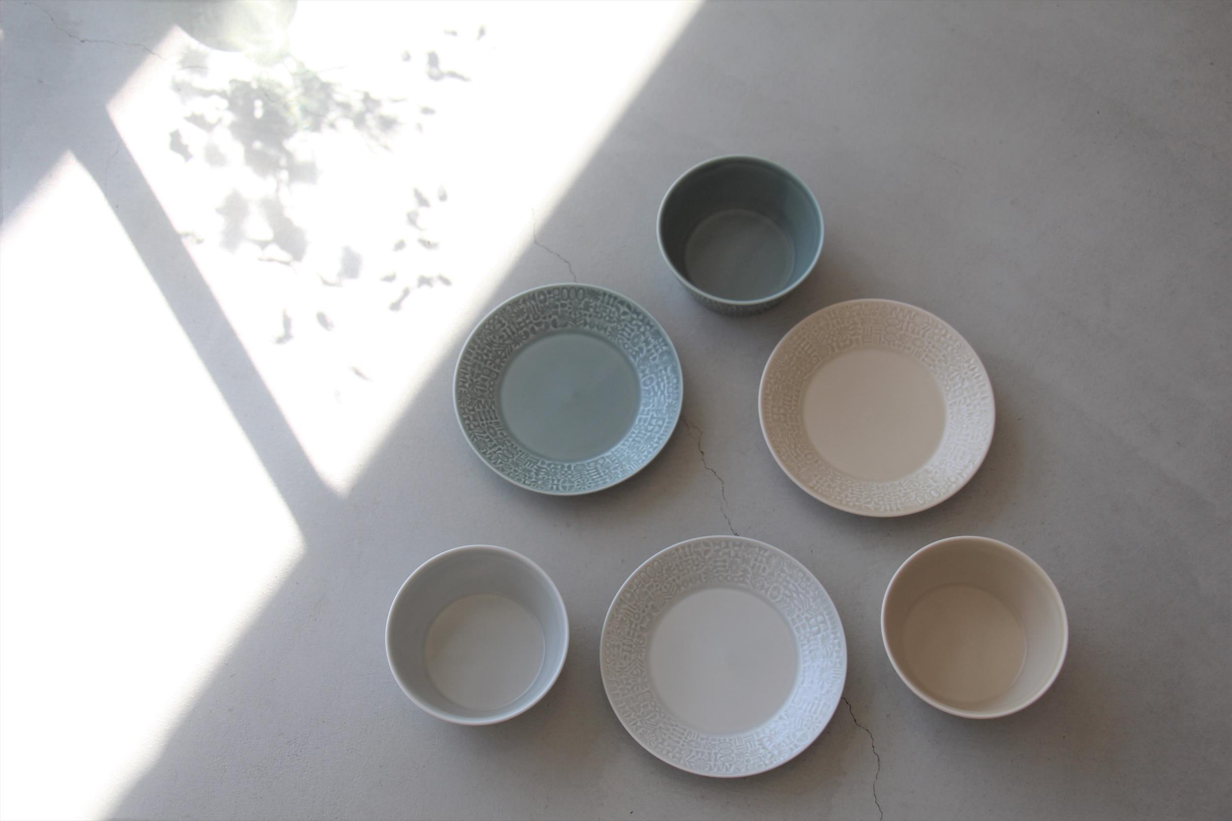 パステルカラーのお皿たち_b0165512_15014471.jpg