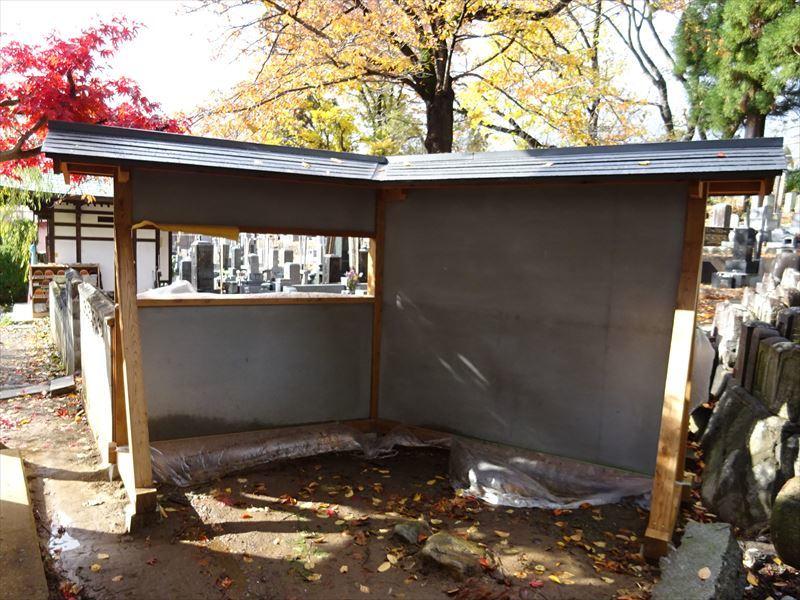 お寺の塀の建て替え工事 完成しました!_f0105112_04243195.jpg