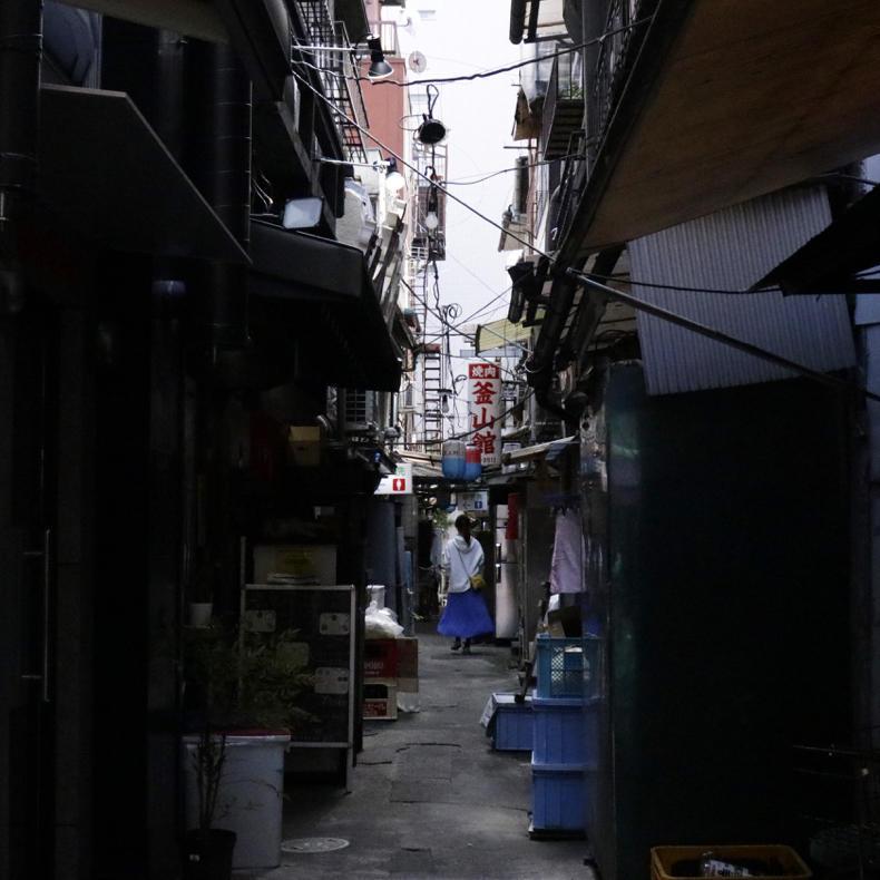上野の路地に迷い込む_c0060143_00470412.jpg