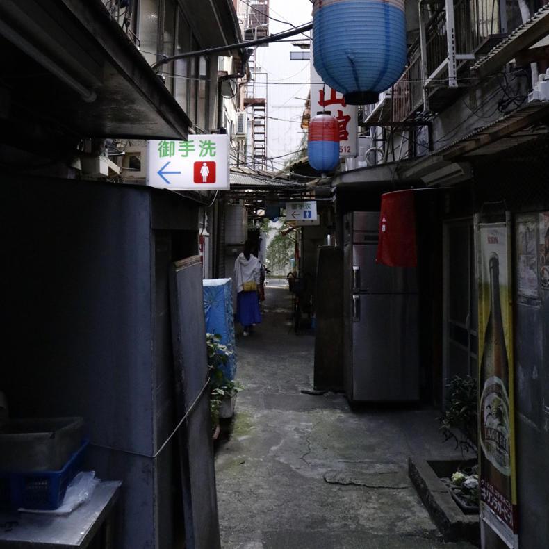 上野の路地に迷い込む_c0060143_00470680.jpg