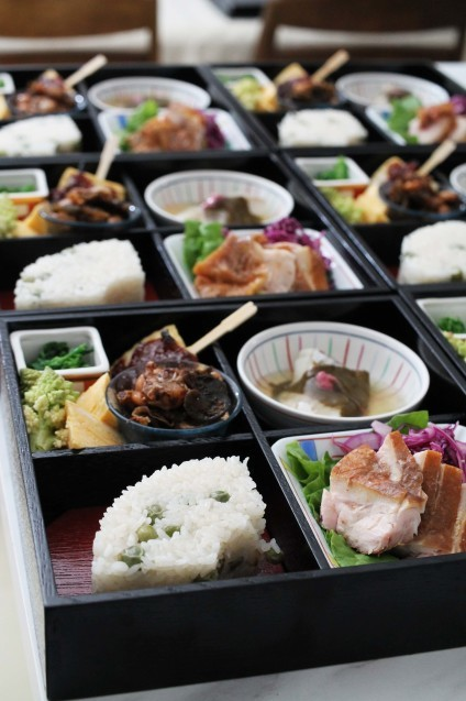 弥生の松花堂お弁当作りました!_d0377645_00193244.jpg