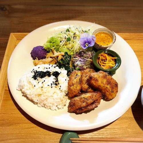 栄養ごはん ヤシの木食堂_e0292546_02331852.jpg