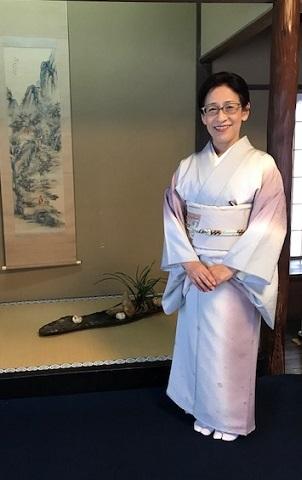 二条城煎茶会・野村エミさん・三眠蚕のぼかしの着物。_f0181251_16005717.jpg
