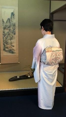 二条城煎茶会・野村エミさん・三眠蚕のぼかしの着物。_f0181251_16043127.jpg