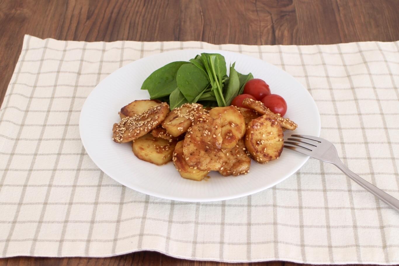 鶏とじゃがいもの味噌バター_f0220354_18104057.jpeg