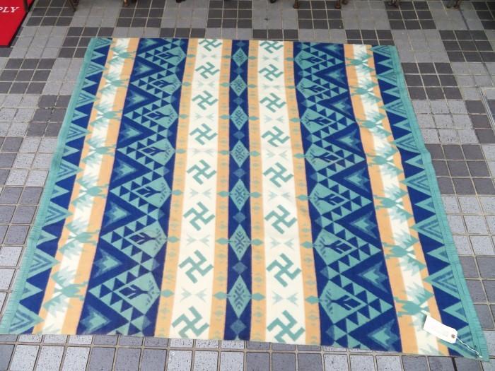 30\'s Beacon Blanket Swastika + 明日、水曜日は店休日となります。_e0187362_12443246.jpg