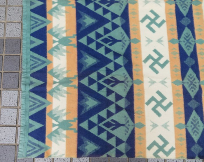 30\'s Beacon Blanket Swastika + 明日、水曜日は店休日となります。_e0187362_12483905.jpg
