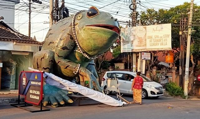 今年のオゴオゴ人形は街を練り歩きません。_d0083068_09513163.jpg