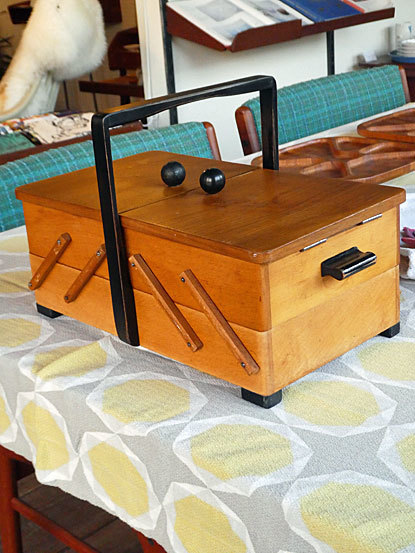 Sewing box_c0139773_15392831.jpg