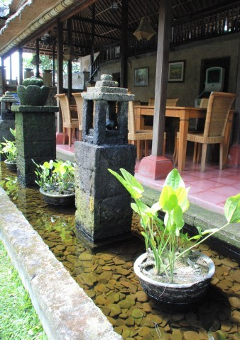 新しい世界へ向かうために。バリ島、静寂のニュピに思う_b0053082_22024684.jpg