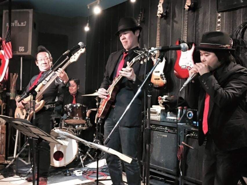 THE SOUL HEAVENS Vs RED POINT BLUES BAND LIVE in BLUE HEAT_d0158887_18394456.jpg
