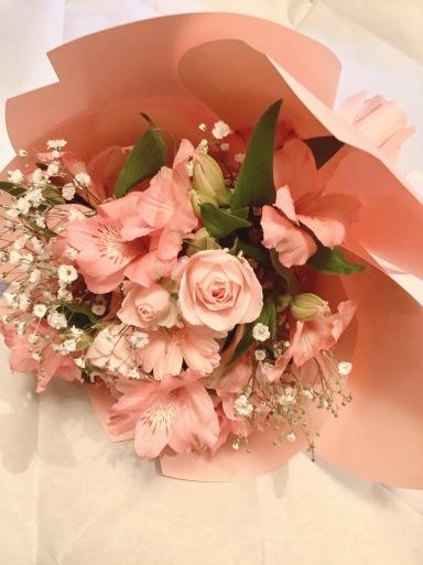 ピンクって…バラ色気分?_b0210699_23441804.jpeg