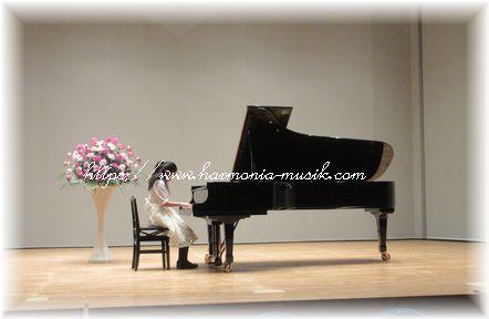 ピアノ☆私が「考えるレッスン」に出会った日_d0165645_17012526.jpg