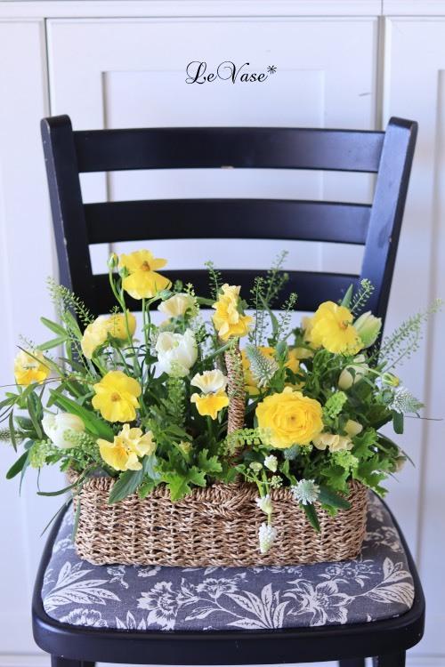 3月Living flowerクラスのアレンジ_e0158653_23574601.jpg