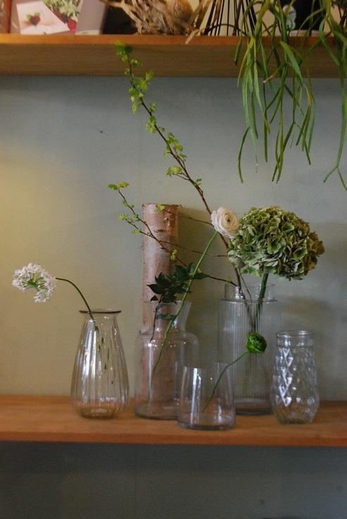 入荷の花鉢、花瓶などなど!_a0201358_17411760.jpg