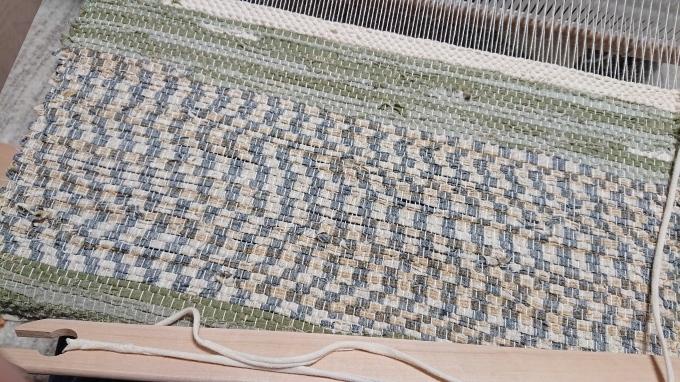 初めての卓上織り機♪_f0374160_21224695.jpg
