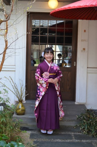 小学校卒業式 笑顔で袴(*^^)_d0230676_15230879.jpg