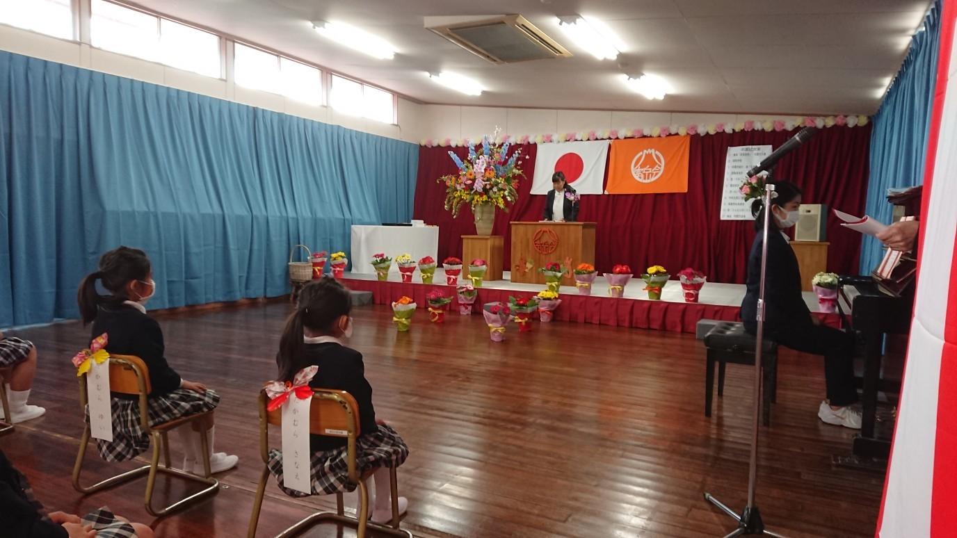 3/24  富岳台保育園卒園式_e0185893_07454425.jpg