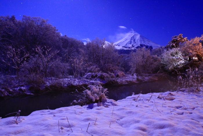 令和2年3月の富士 (17) 雪の忍野村の富士_e0344396_17103031.jpg