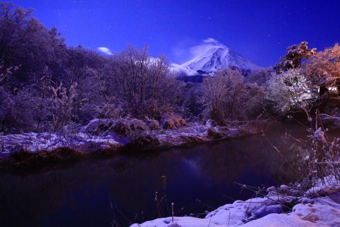 令和2年3月の富士 (17) 雪の忍野村の富士_e0344396_17103086.jpg