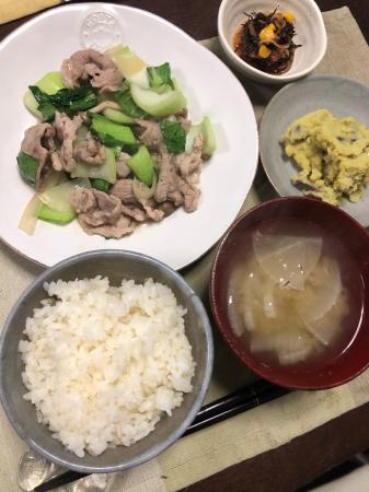 豚肉とチンゲン菜の炒め物_d0235108_21453136.jpg