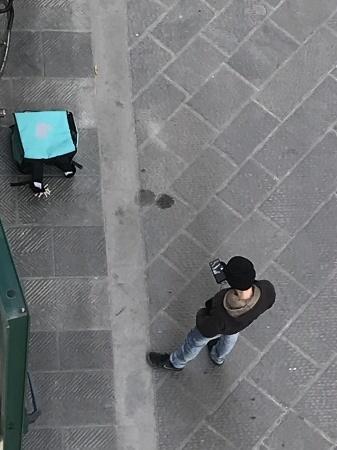移動禁止令15日目、小さなお客様/伊COVID-19(24/03/2020)_a0136671_00211353.jpeg