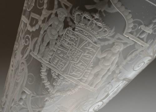 Lobmeyr No:54 Danmark Coat of arms glass_c0108595_23381733.jpeg